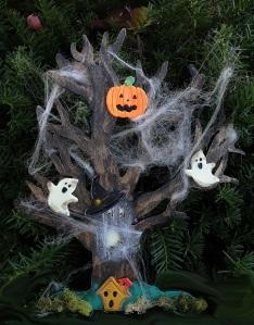 2015 Spooky Tree