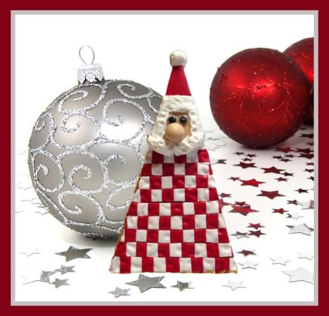 2016-checkerboard-santa-pin